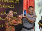 Rochmat, Polisi dengan 79 Anak Asuh, Dapat Penghargaan dari PBB