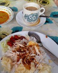 Sarapan Komplet Mengenyangkan Pakai Nasi Gurih Khas Jambi