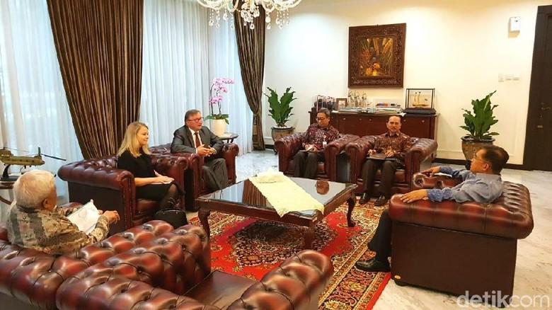 JK Ditemui Mediator RI-GAM Bahas Perkembangan Aceh