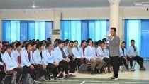 Rommy Ajak Mahasiswa Cari Peluang Bisnis Lewat Hobi