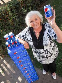 Nenek 77 Tahun Ini Selalu Minum Pepsi Selama 60 Tahun