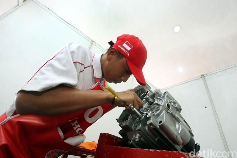 Kontes Keterampilan Teknik SMK Honda Tingkat Nasional 2018. Foto: Rengga Sancaya