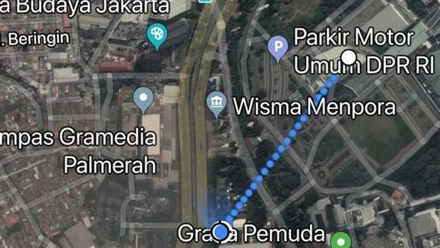 Estimasi jarak lapangan tembak ke gedung DPR.