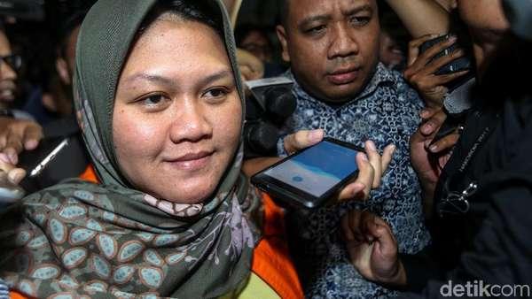 Bupati-4 Pejabat Ditahan KPK, Bagaimana Nasib Pemerintahan Bekasi?