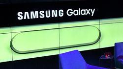 Ini Bocoran Harga Ponsel Layar Lipat Samsung