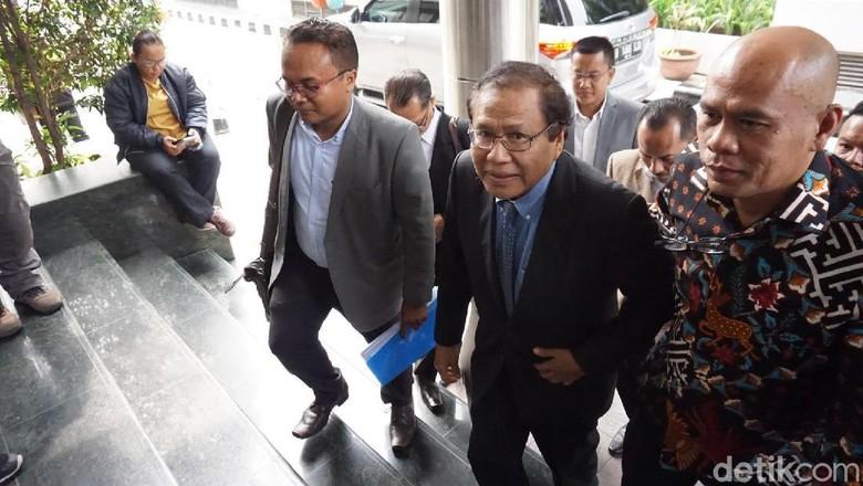 Rizal Ramli Polisikan Surya Paloh, Tuntut Ganti Rugi Rp 1 T