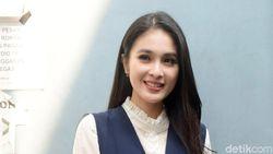 Rayakan Ultah Anak, Sandra Dewi Boyong Keluarga ke Disneyland Tokyo