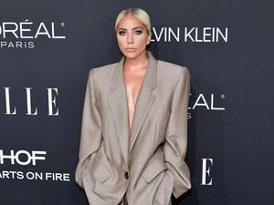 Lady Gaga Pakai Jas Pria ke Women In Hollywood, Alasannya Bikin Kagum