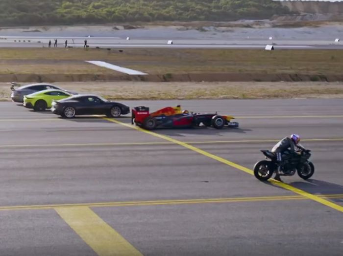Adu balap kendaraan-kendaraan tercepat di bumi (Red Bull Motorsport)