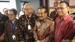 Diundang jadi Pembicara, Pakdhe Karwo Bingung Jelaskan OTT di Jatim