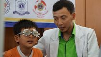 30 Persen Siswa SD di Jakarta Memiliki Masalah Mata Minus, Kok Bisa?