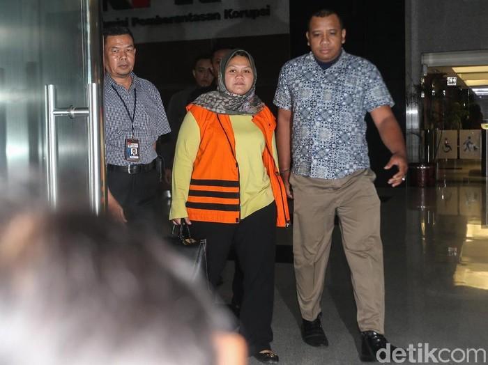 Bupati bekasi saat ditangkap KPK. Foto: Ari Saputra