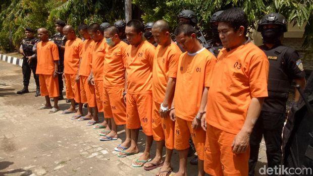 Samarkan 6 Kg Sabu di Kardus Kecap, 4 Orang Ditangkap di Sulsel
