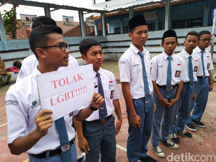 Video gay anak smp indo