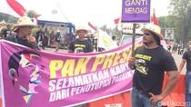 Ratusan Petani Tebu Demo di Monas Minta Jokowi Setop Impor Gula