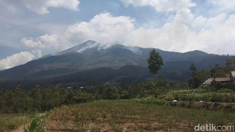 Pipa Air Bersih di 4 Dusun Ini Hangus Akibat Kebakaran di Merbabu