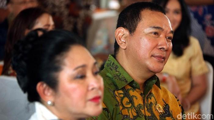 Tommy Soeharto membuka multi grosir alias supermarket grosir di Cibubur. Putra dari Presiden ke-2 Indonesia Soeharto itu membuka supermarket bernama GORO.