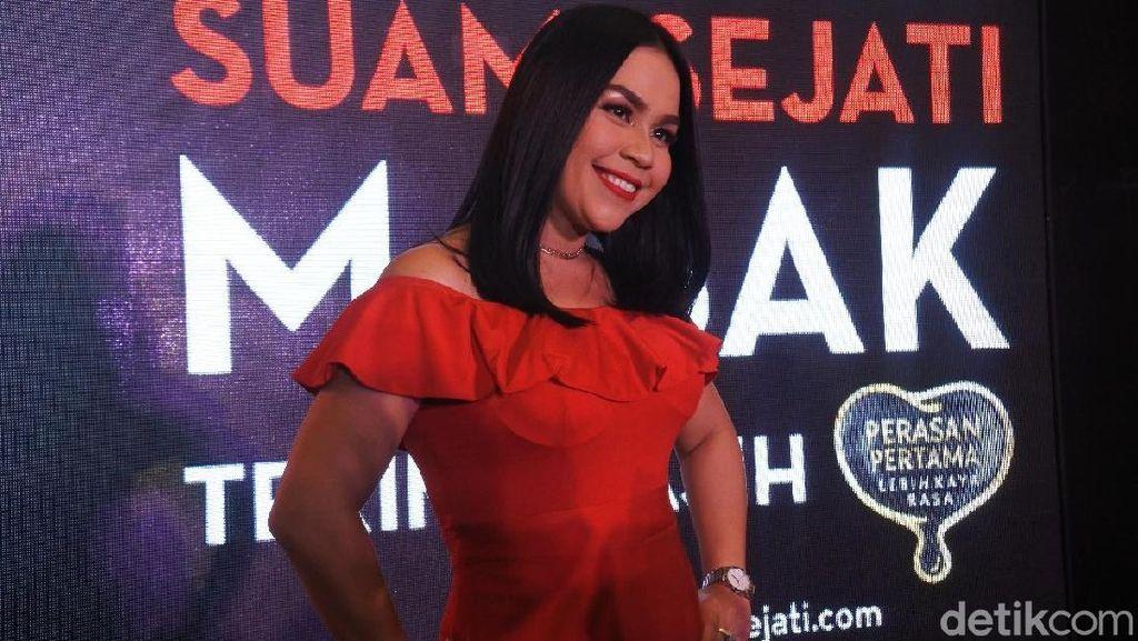 Bikin Cemas, Melaney Ricardo Bicara Ledakan Granat Asap di Monas