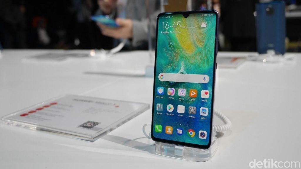 Huawei Mate 20X hadir dengan layar 7,2 inch. Foto: Anggoro Suryo Jati/detikINET