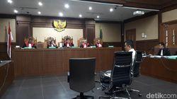 Kasus Bakamla, Fayakhun Dikenalkan ke 3 Orang Ngaku Keluarga Jokowi