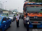 Dirazia Dishub Bekasi, 16 Truk Sampah DKI Banyak Langgar Aturan