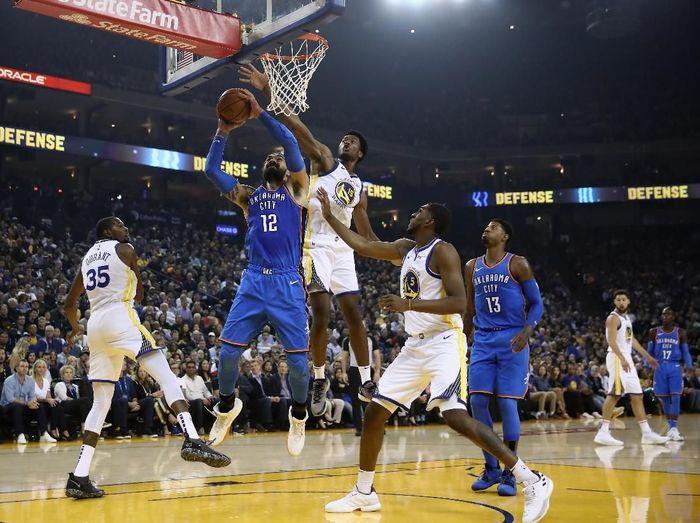 Warriors kalahkan Thunder di laga pertama NBA 2018/19. (Foto: Ezra Shaw/Getty Images)