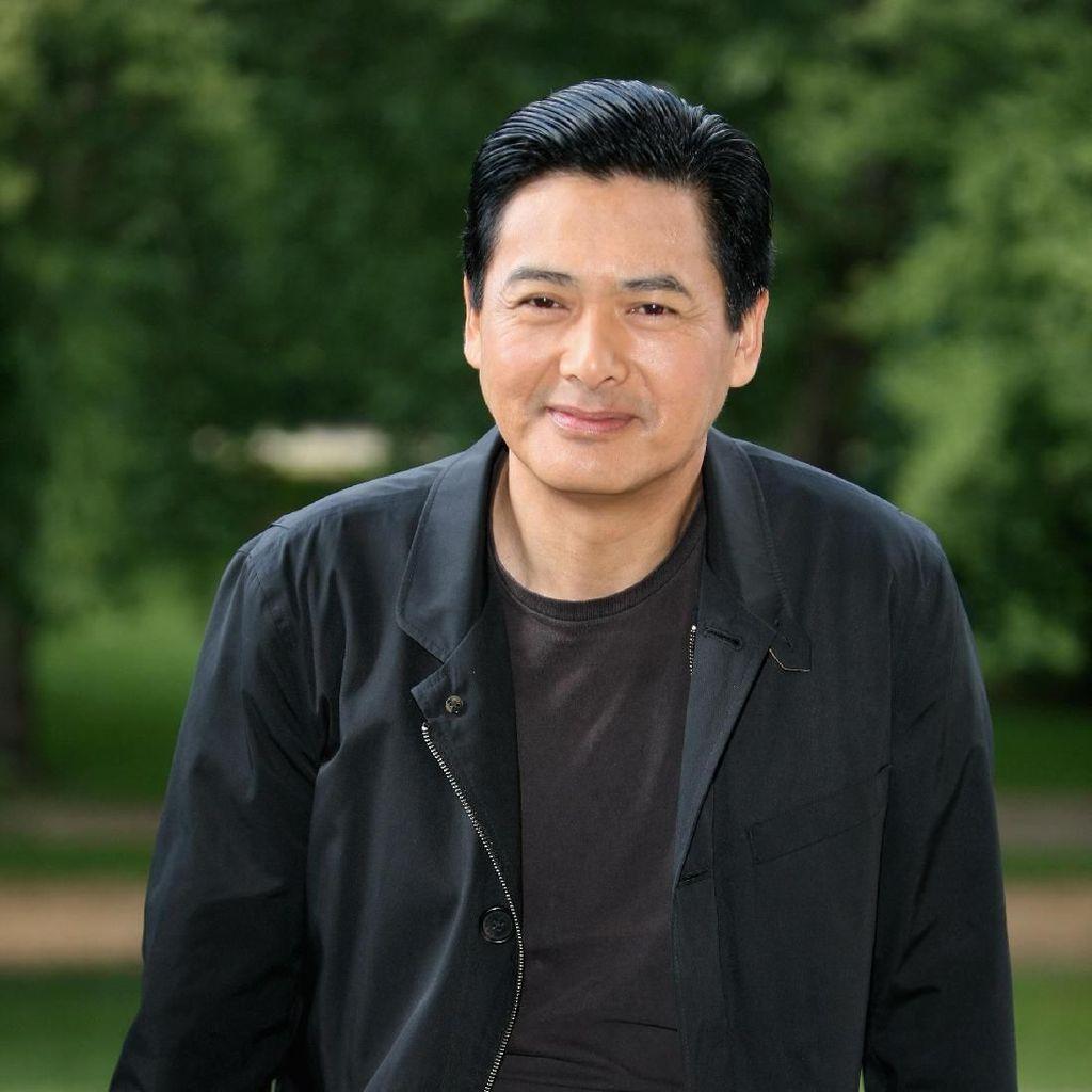 Chow Yun Fat, Mega Bintang yang Sederhana dan Penderma