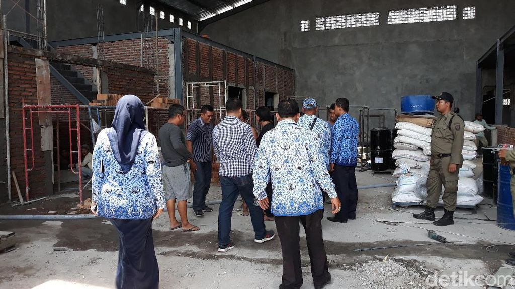 Pabrik Cat yang Bikin Air di Solo Merah Darah Disidak, Ini Hasilnya