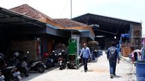 Polisi Datangi Pabrik Cat yang Diduga Bikin Air di Solo Merah Darah