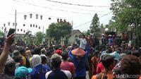 Petani Purwakarta Tolak Penghapusan Kolam Jaring Apung