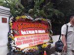 Meski Dilarang Prabowo, Tetap Ada yang Kirim Karangan Bunga Ultah