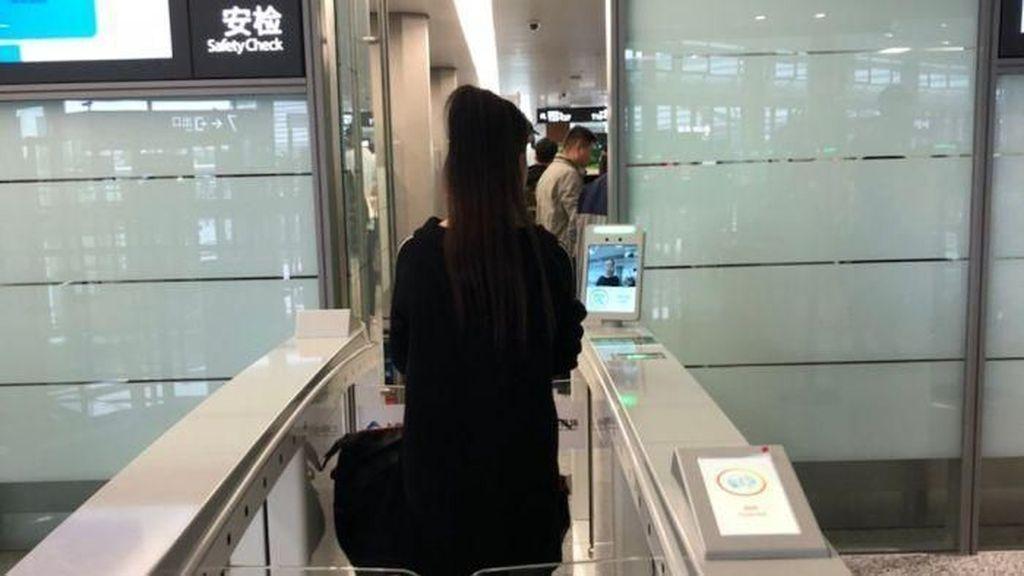 Check-in di Bandara Shanghai Gunakan Sistem Pengenalan Wajah Otomatis