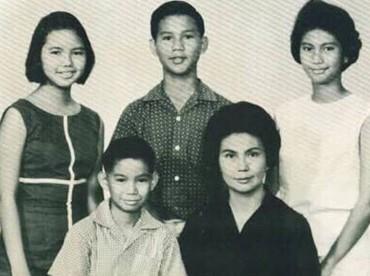 Prabowo memiliki dua kakak perempuan, Bintianingsih dan Mayrani Ekowati, dan satu adik laki-laki, Hashim Djojohadikusumo. (Foto: Instagram @prabowo)