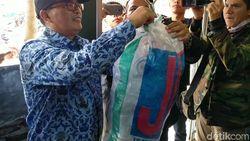 Menabung Sampah via Aplikasi di Mandalajati Bandung