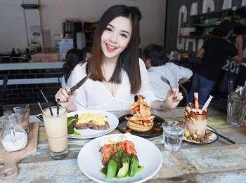 Ternyata Mabel Goo Pramugari Cantik yang Tengah Viral, Hobi Kulineran