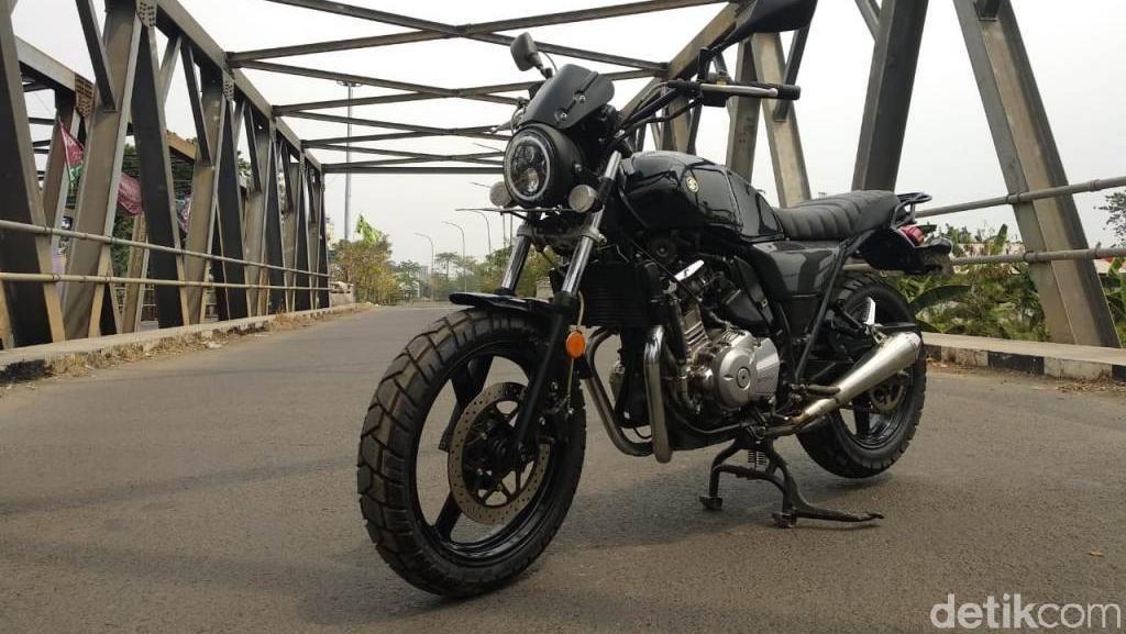 Modifikasi Suzuki Inazuma 250 Bergaya Scrambler