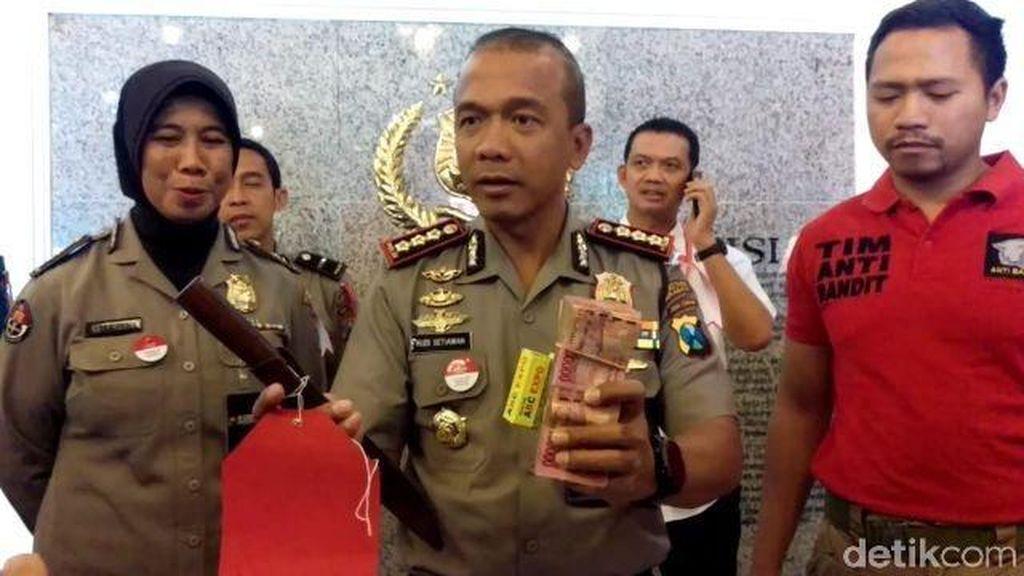 1 Dari 4 Tersangka Judi di Tempat Karaoke Anggota DPRD Bangkalan