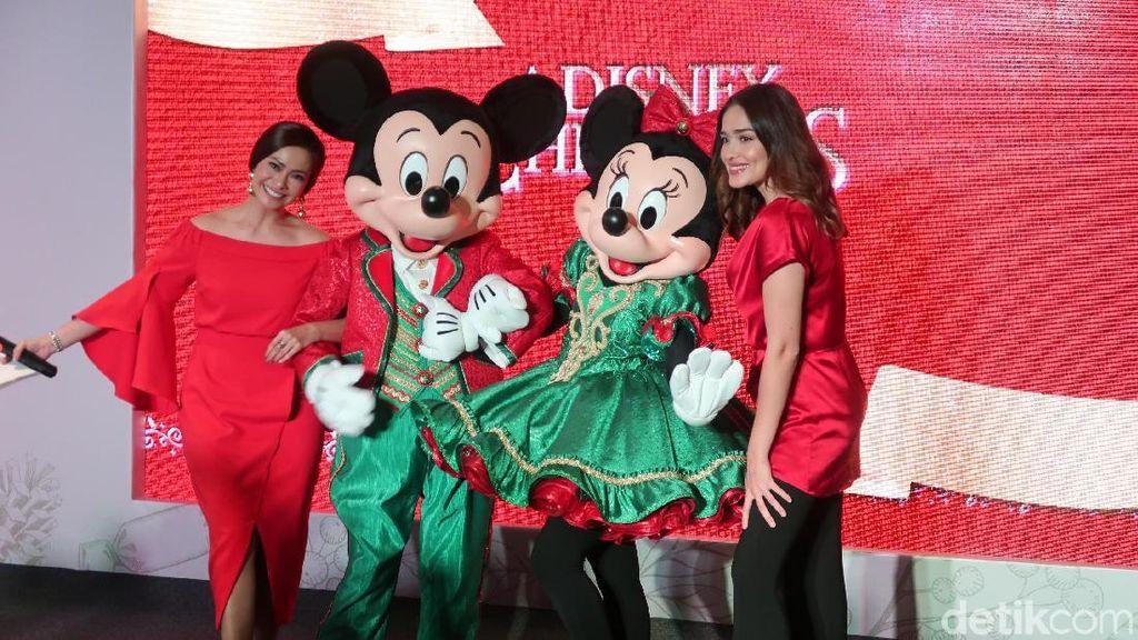 Cerita Ersa Mayori dan Yasmine Wildblood di Hong Kong Disneyland