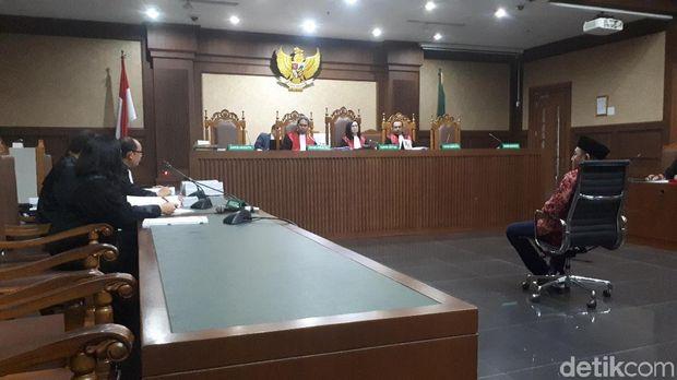 Anggota DPRD Lampung Tengah nonaktif Rusliyanto