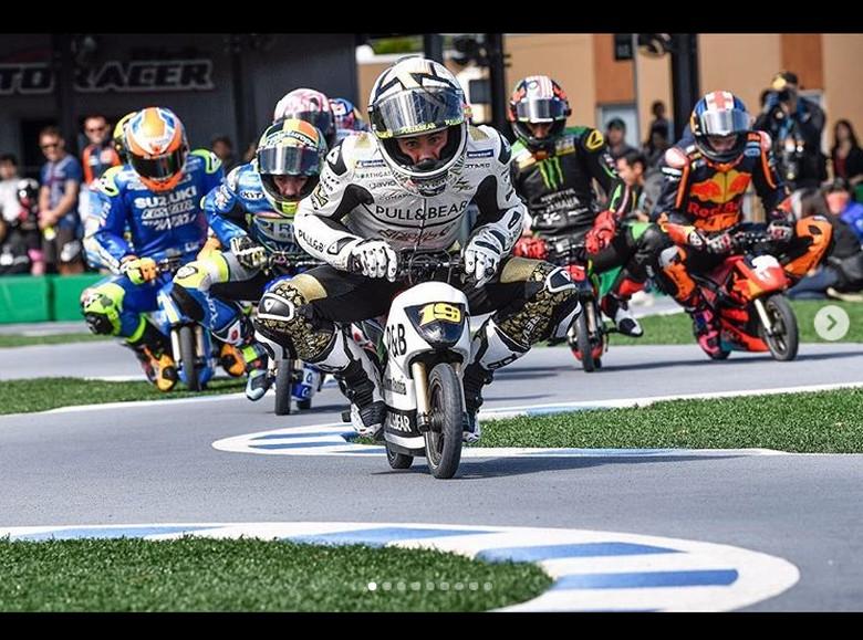 Pebalap MotoGP balapan naik motor mini. Foto: Instagram/motogp