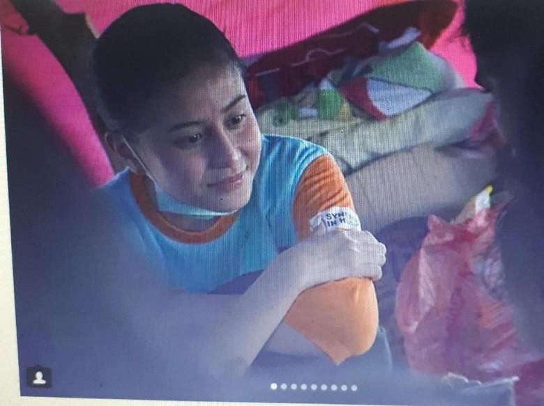 Bikin Haru! Pamit dari Instagram, Awkarin Jadi Relawan Palu