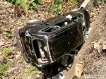 Perampok Babak Belur Dihajar Warga, Mobil Pelaku Dibuang ke Parit