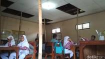 KPAI Minta Bupati Kudus Tangani SD yang Atapnya Disangga Bambu