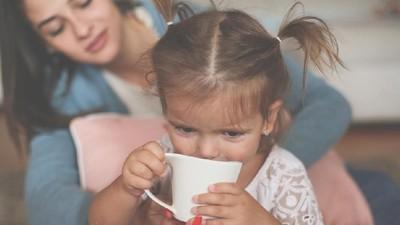 4 Pengaruh Kafein pada Anak, Bunda Perlu Tahu