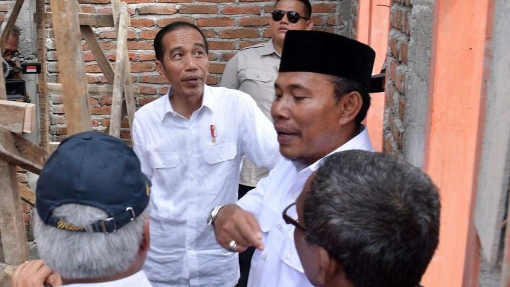 Jokowi Tinjau Pembangunan Rumah Tahan Gempa di Sumbawa Barat