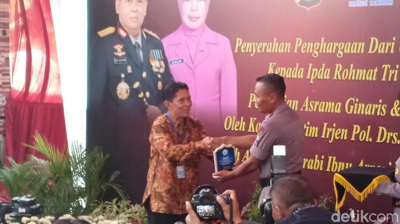 Terkait Penghargaan Palsu, Ipda Rochmat Dipanggil Kapolda Jatim