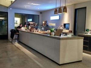 Jumat Malam Enaknya Nongkrong di 5 Coffee Shop Senopati Ini