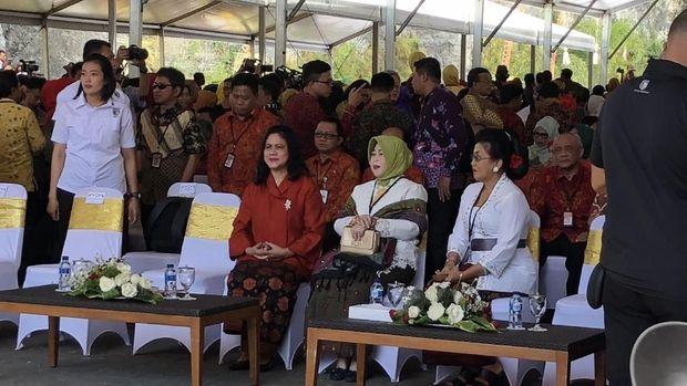 Iriana Jokowi di acara Temu Karya Nasional di Bali