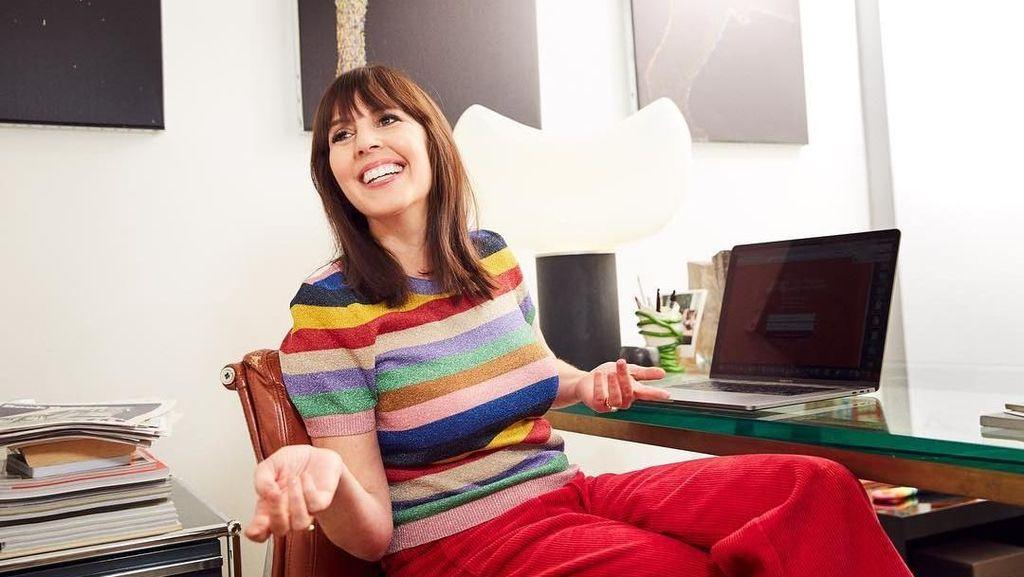 Wanita Ini Kerjanya Bikin Caption di Instagram, Dibayar Rp 91 Juta Per Hari