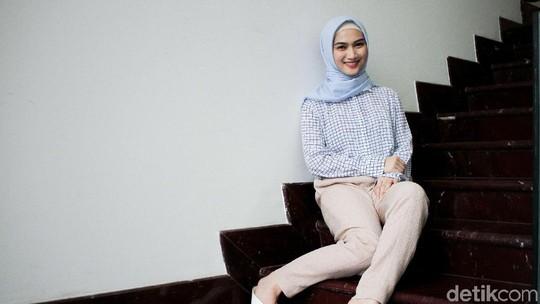 Usai Berhijab, Melody Eks JKT 48 Tampak Lebih Dewasa
